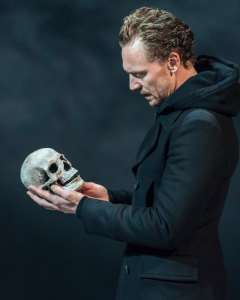 BH hiddleston hamlet