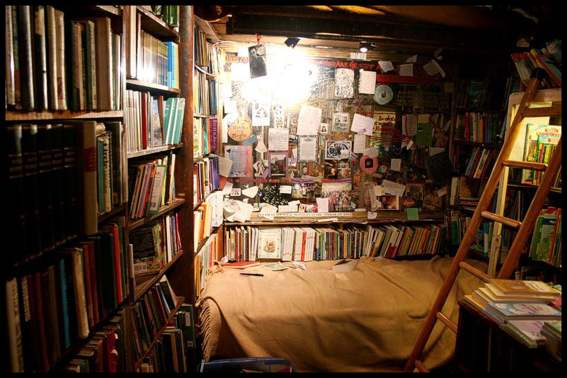 BH books bedroom
