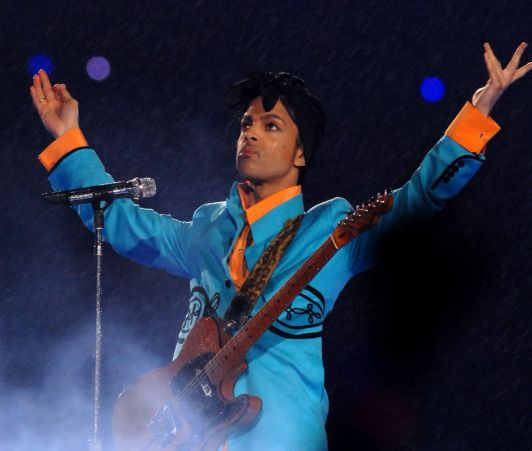 Prince owns the Superbowl