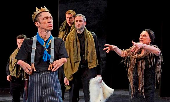 margaret-curses-richard-ht-theatre.jpg