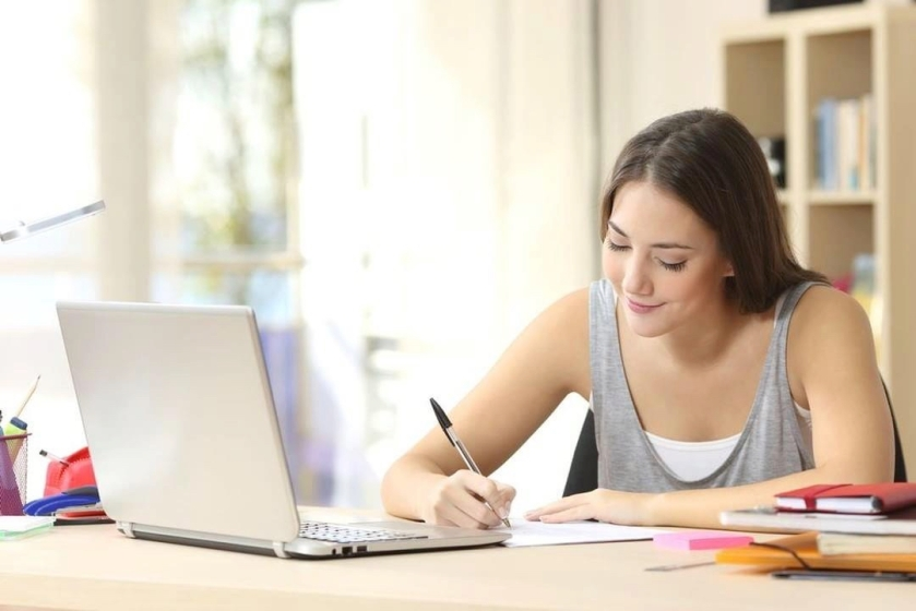 online education girl
